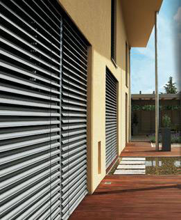stores de fen tres stores honorat guilles menuiserie. Black Bedroom Furniture Sets. Home Design Ideas